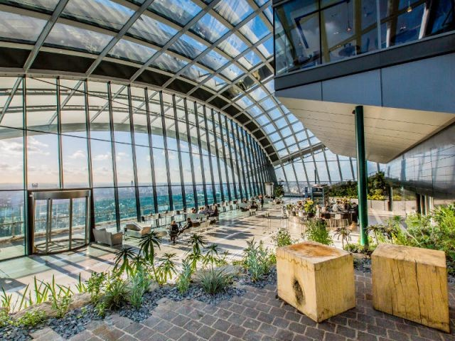 """Des visiteurs au rendez-vous - Inauguration du """"Sky Garden"""" à Londres"""