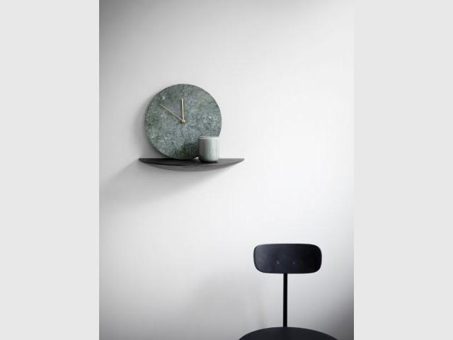 Horloge en marbre et laiton