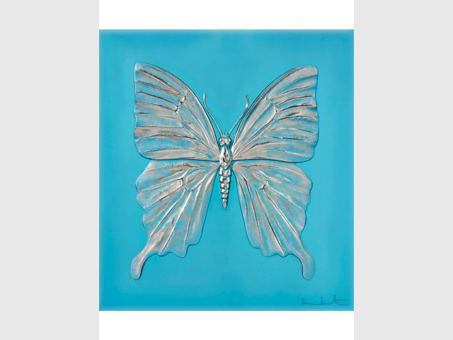 Les détails du papillon magnifiés - Damien Hirst et Lalique, 2015