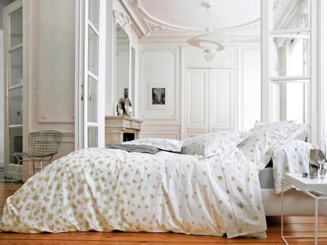 Jouer la neutralité pour laisser s'exprimer la beauté du décor - Aménager une chambre dans un appartement de style
