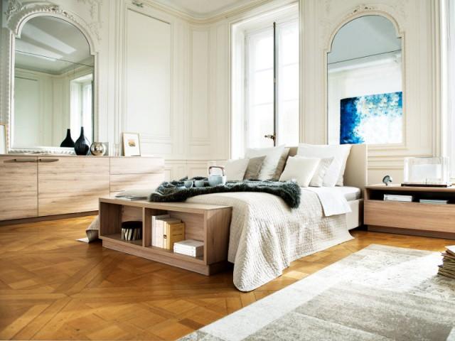 Placer le lit au milieu de la pièce pour préserver les murs - Aménager une chambre dans un appartement de style