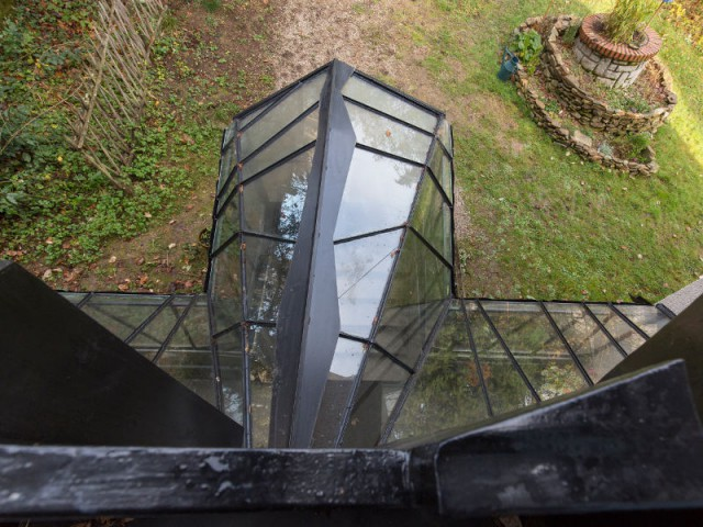 Une toiture asymétrique façon toile d'araignée - Une verrière contemporaine