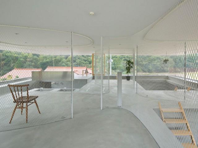 Cloisons en maille métallique - Maison transparente - Suppose Design