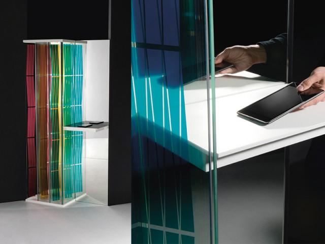 Des plaques de verre capables de recharger les téléphones et les petits appareils électroménagers - Atmosphères, Normal Studio