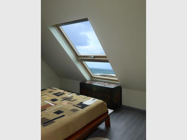 Des verrières planes pour profiter de la vue sur la mer - Un pavillon change de toiture et gagne 70 m2
