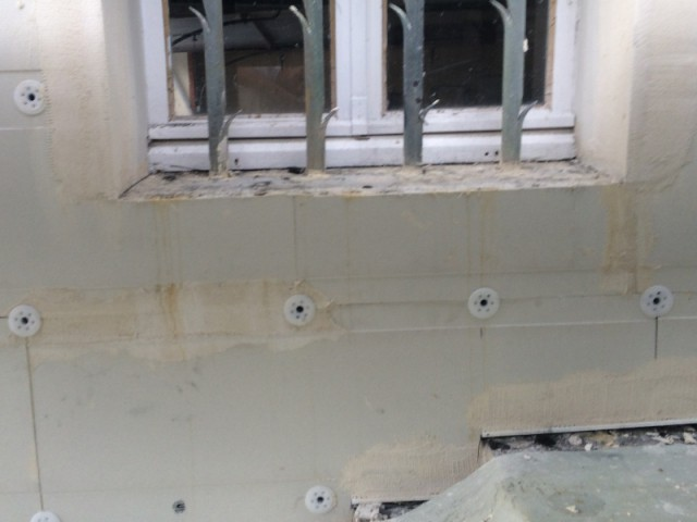 Des fixations mécaniques étanches - Système d'isolation par l'extérieur