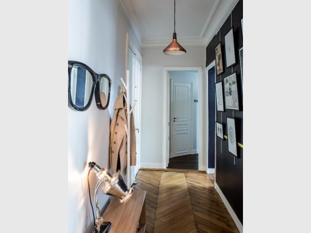 Une entrée qui donne le ton - Appartement Ticolas