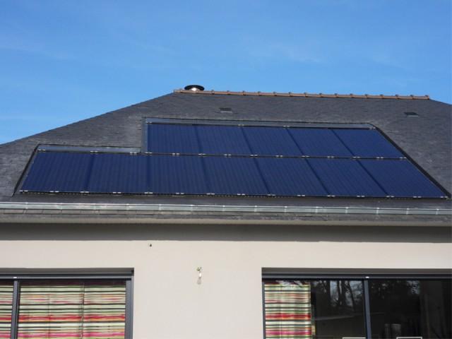 Des modules installés en décroché pour une adaptation parfaite au toit - Panneaux photovoltaïques