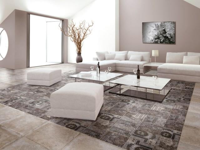 Des carreaux de ciment au sol au milieu du salon - Les carreaux de ciment dans la déco