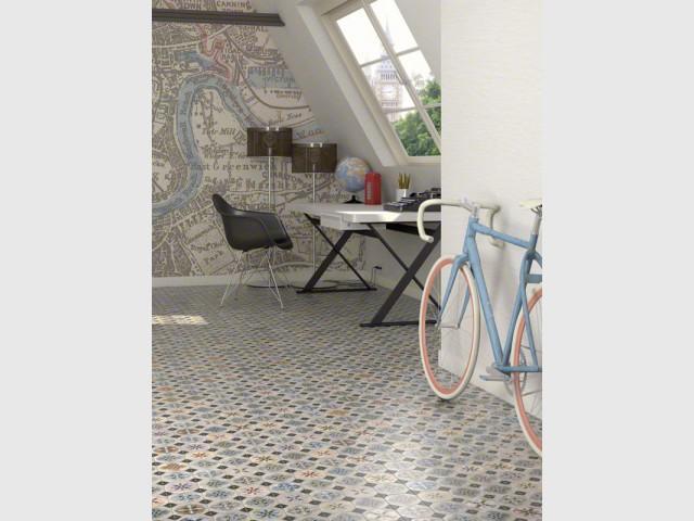 Des carreaux de ciment au sol d'un petit bureau - Les carreaux de ciment dans la déco