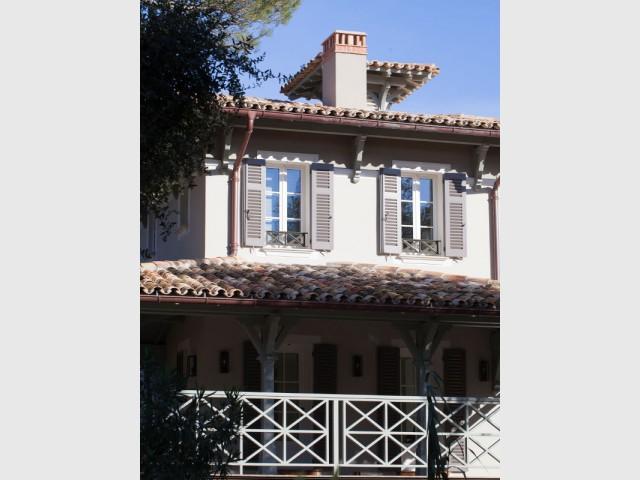 Relever les murs pour gagner en volume - Rénovation d'une maison provençale
