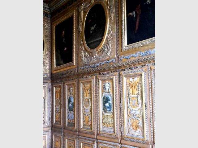 """A l'hôtel de Lauzun, la valse des propriétaires - Hôtel de Lauzun : cabinet dit """"bibliothèque"""""""