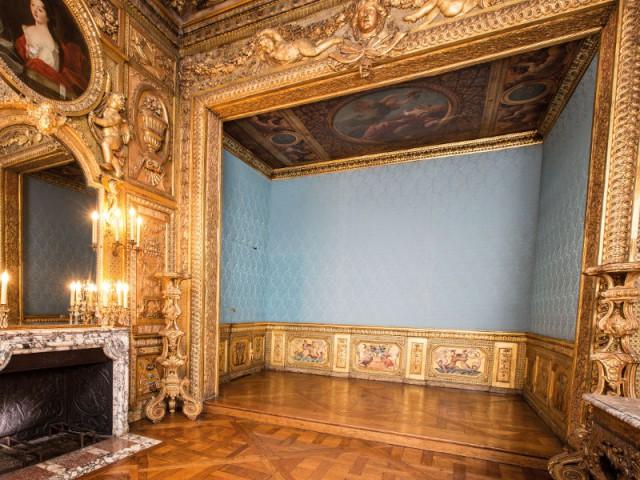 Hôtel de Lauzun : chambre à alcôve