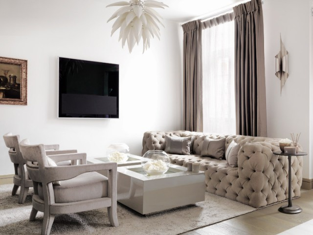 Un salon chaleureux pour se reposer - The London Apartment by Kelly Hoppen