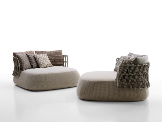 Un fauteuil d'extérieur technique et confortable - Fauteuil