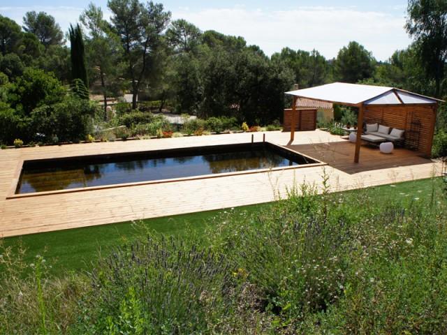 Une piscine construite en dix jours comme un jeu de Légo - Piscine familiale naturelle