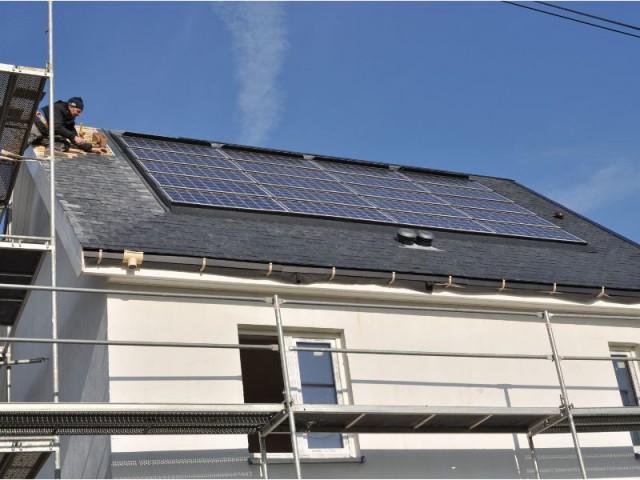 Panneaux solaires - Maison Ecolocost