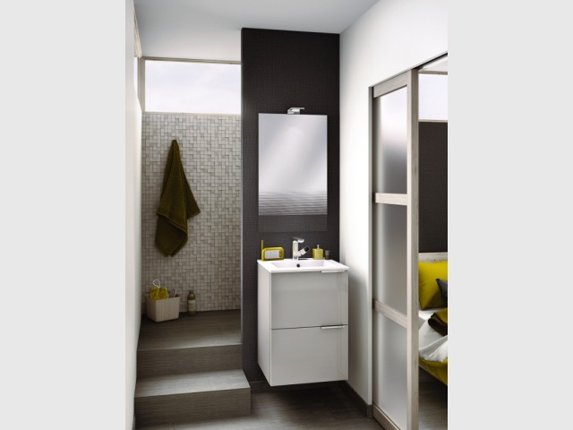 petite salle de bains 15 solutions d 39 am nagement. Black Bedroom Furniture Sets. Home Design Ideas