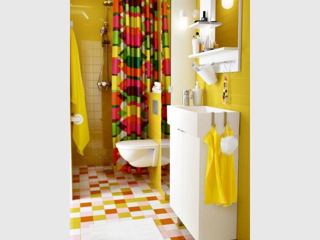 Une douche à l'italienne faciliter la circulation dans la mini salle de bains - Une salle de bains de 3 m2, dix possibilités d'aménagement