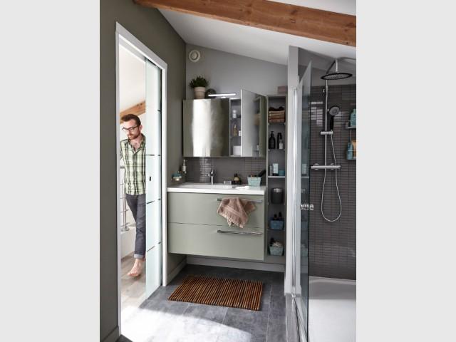 Des meubles étroits pour utiliser l'espace au mur - Une salle de bains de 3 m2, dix possibilités d'aménagement
