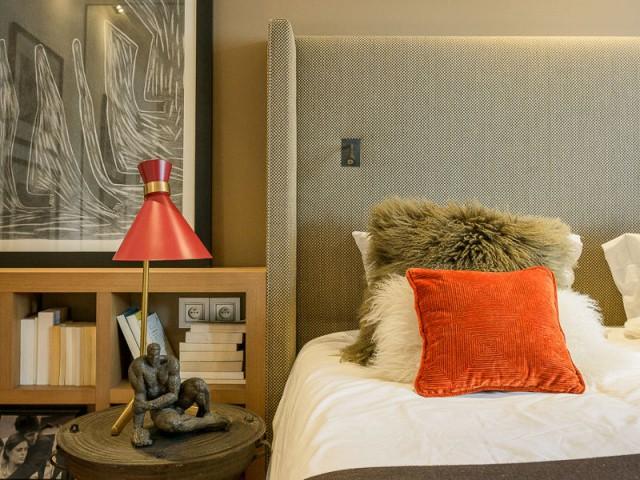 Des chambres intimistes inspirées de voyages - Atelier d'artistes Paris 14e