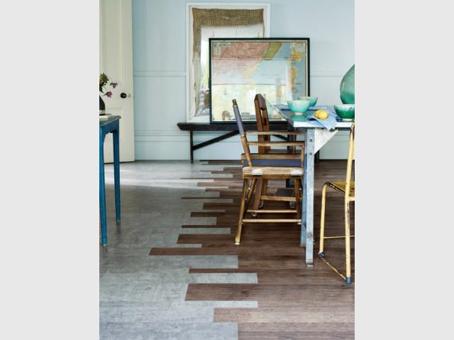 Un sol PVC imitation bois et béton pour ma pièce à vivre - Des sols souples en trompe l'oeil