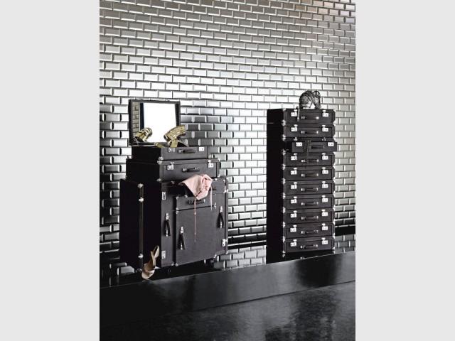 La malle et le dizainier pour Roche Bobois en 2010 - Collection Roche Bobois Jean-Paul Gaultier 2010