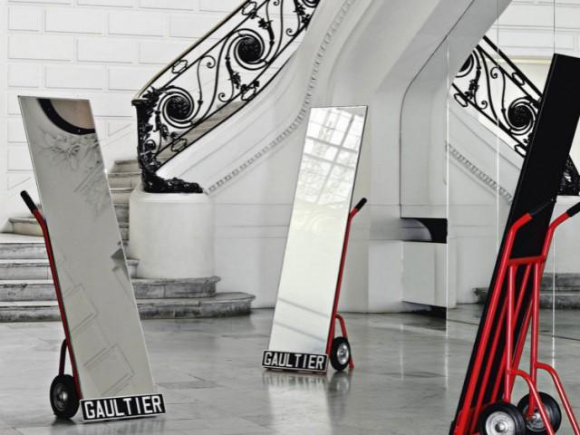 Le miroir psychée Diable pour Roche Bobois en 2010 - Collection Roche Bobois Jean-Paul Gaultier 2010