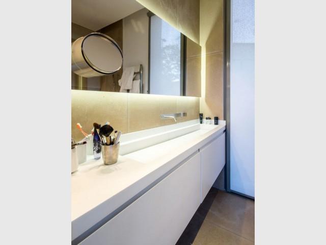 Une salle de bains en harmonie avec la maison - Projet ART - Agence Brengues Le Pavec