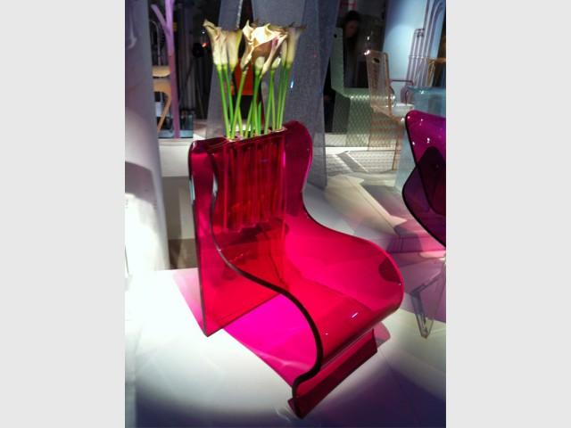 Le Dacryl® pour faire une assise - Un matériau caméléon qui se fait une place partout