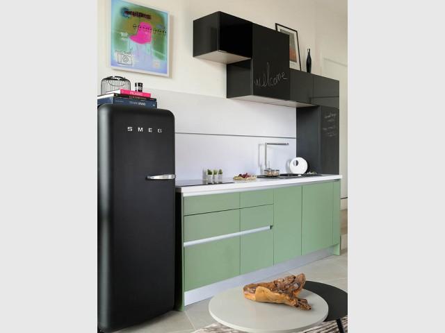 Une cuisine équipée pour le studio de la résidence d'artiste - Villa Cap Arts