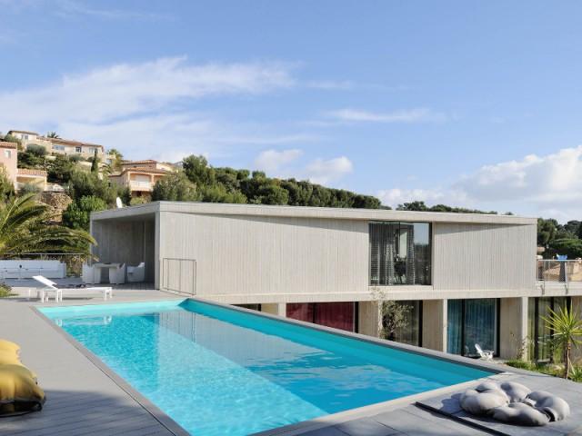 Une maison contemporaine à l'orientation étudiée - Villa Cap Arts