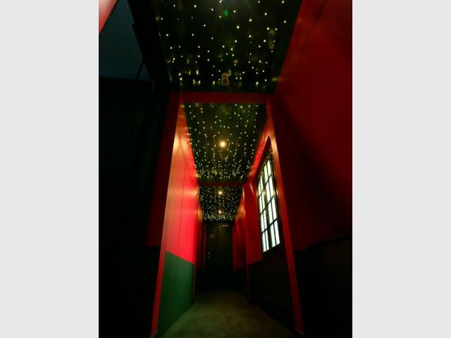 Un plafond façon ciel étoilé pour une ambiance féérique - Hôtel du Jeu de Paume à Versailles