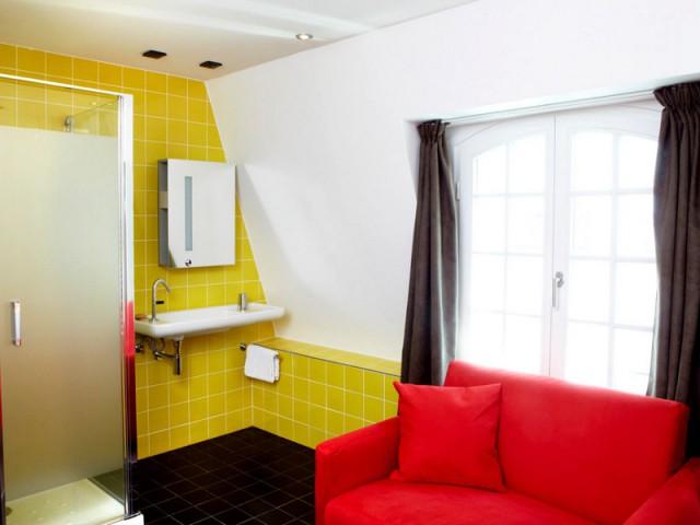 Fusionner l'espace jour et nuit pour casser les codes - Hôtel du Jeu de Paume à Versailles