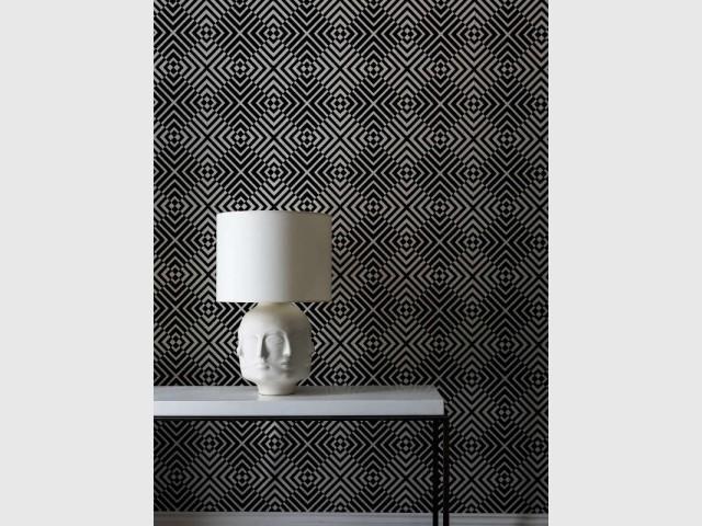 Un papier peint aux formes géométriques comme du velours - Les murs prennent du relief