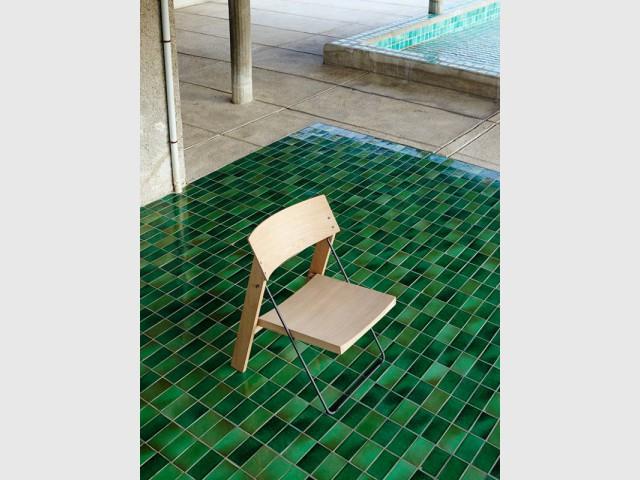 Des abords de piscine colorés - Cité radieuse - Le Corbusier