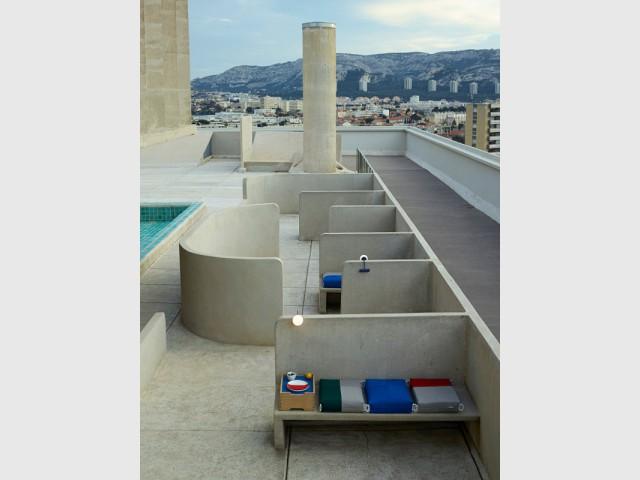 Une architecture extérieure en béton - Cité radieuse - Le Corbusier