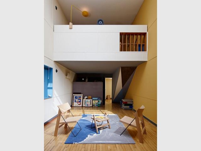 Un appartement sur deux étages comme une maison familiale - Cité radieuse - Le Corbusier