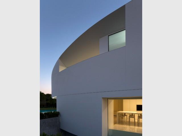 Grande discrétion et vue imprenable - Casa Balint par Fran Silvestre Architectos
