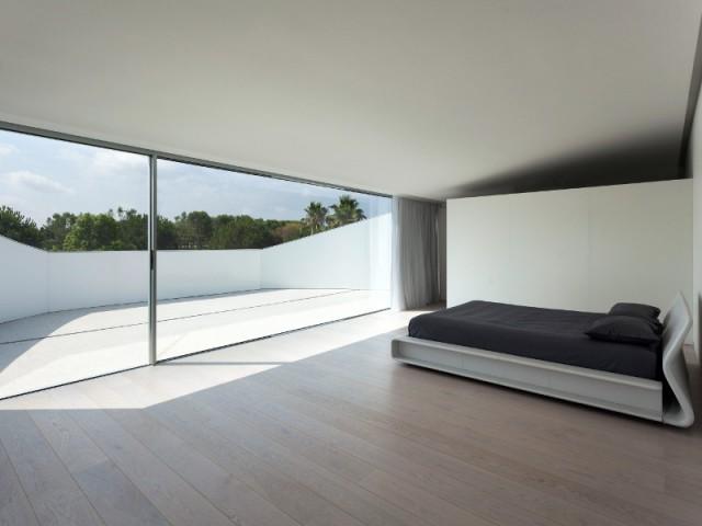 Un balcon dans la suite parentale - Casa Balint par Fran Silvestre Architectos