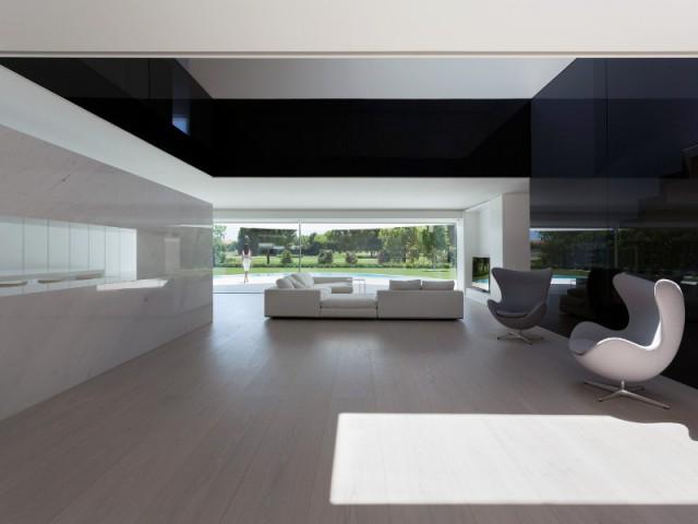 Fiche technique - Casa Balint par Fran Silvestre Architectos