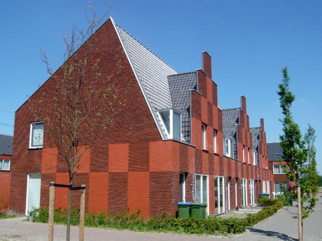 Une toiture en tuiles d'ardoise pour une maison hors du commun - Embellir l'extérieur de sa maison