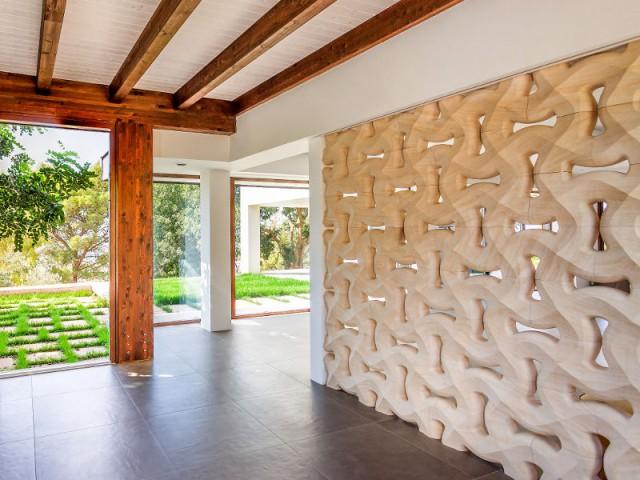 Des matériaux nobles dans tous les éléments - Courtyard House in Trapani by Studio 4e