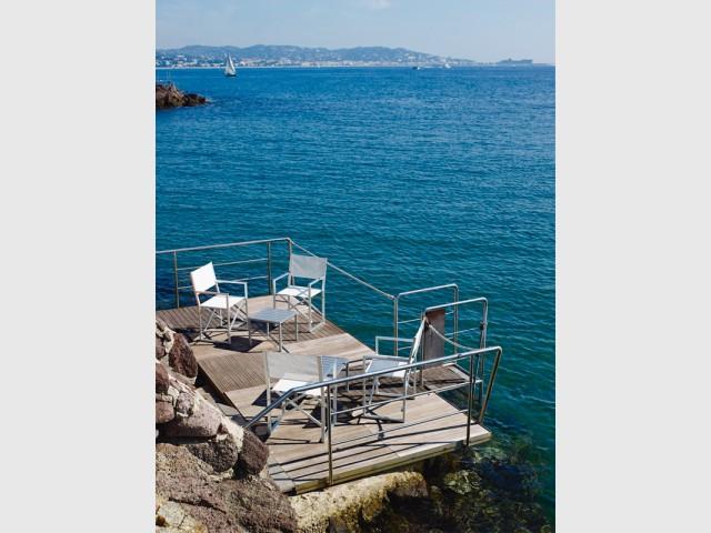 Les fauteuils, le mobilier idéal pour les petits espaces - Les plus belles plages de La Côte d'Azur