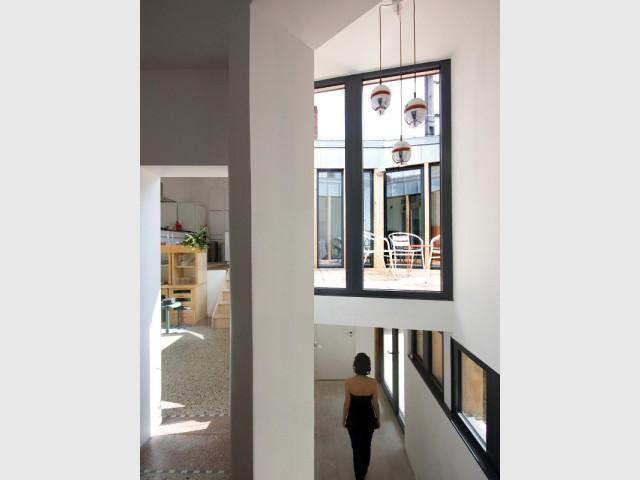 Une maison en demi-étages - Rénovation, extension et surélévation à Nantes