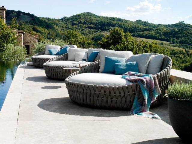 Mobilier outdoor : Ces cocons qui invitent à la détente et ...