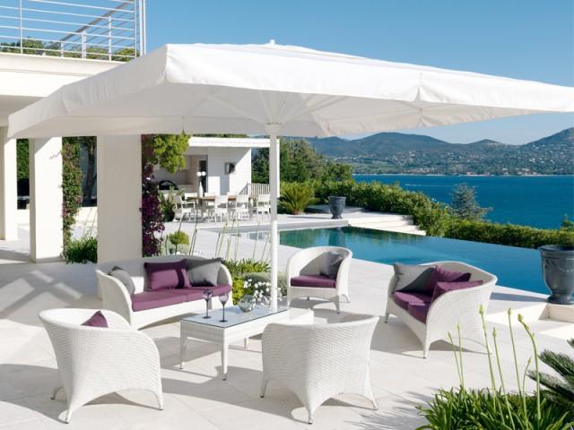 Une offre extrêmement large pour répondre à tous les besoins - Des parasols made in France fabriqués à la main