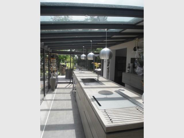 Vue dégagée sur l'extérieur - Rénovation véranda