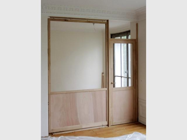 Une verrière en bois pour cacher une partie de la cuisine - Verrière d'intérieur