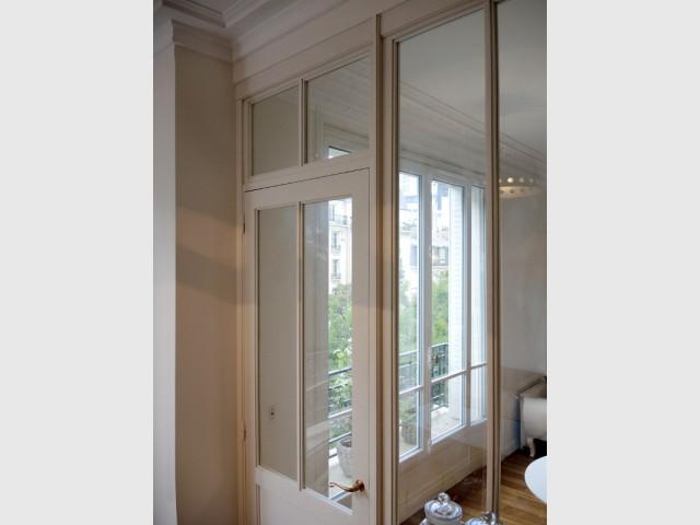 Une grande surface vitrée pour plus de lumière - Verrière d'intérieur